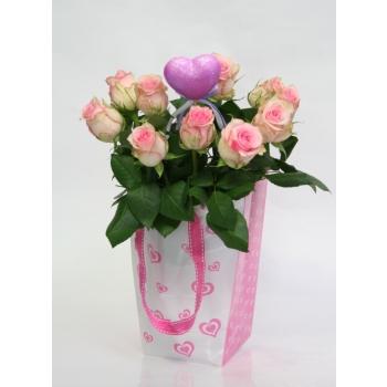 10 Kleine wit roze Rozen in een Love tasje