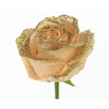 Boeket van grootbloemige peach Rozen met gouden glitters